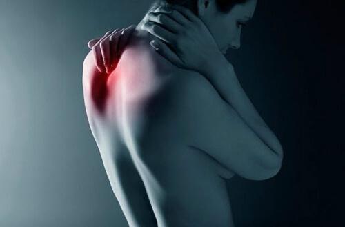 Головная боль при шейном остеохондрозе: способы лечения и профилактика