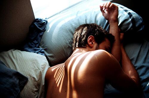 Головная боль после секса у мужчин
