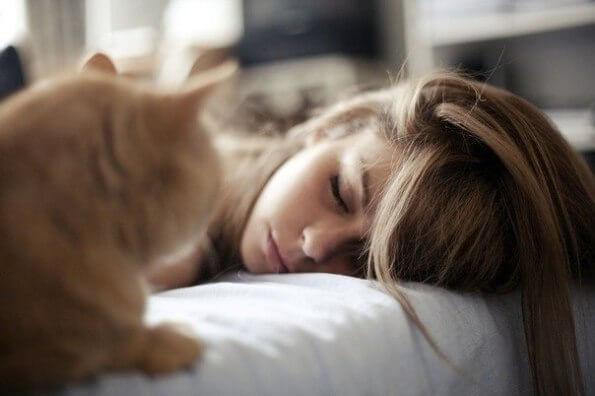 При простуде и головной боли соблюдайте постельный режим