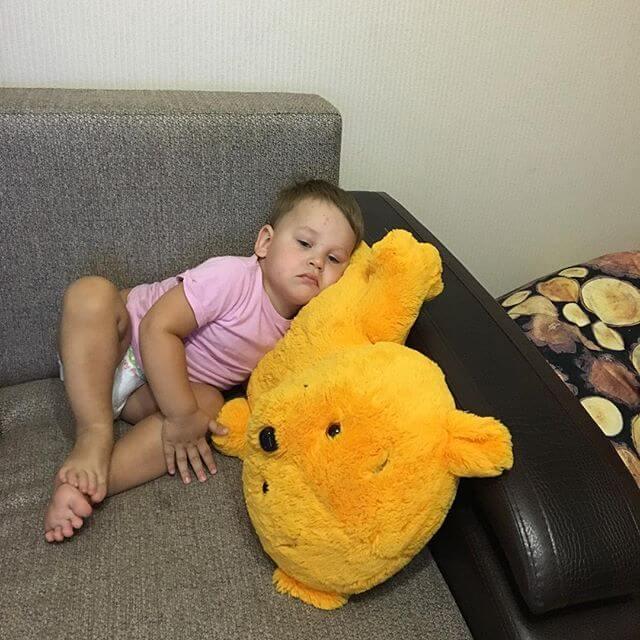 Головная боль в области лба у ребенка — каких врачей стоит посетить?