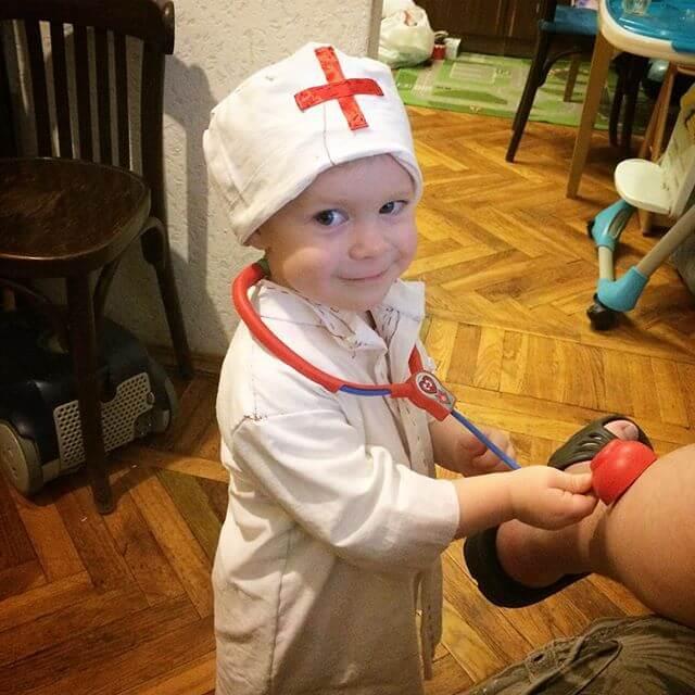 Первая помощь при головной боли и рвоте у ребенка