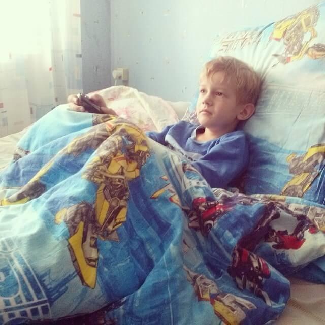 Болит голова и температура у ребенка