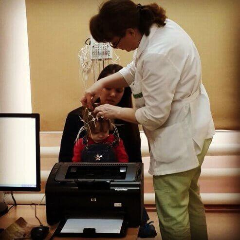 ЭЭГ головного мозга у детей