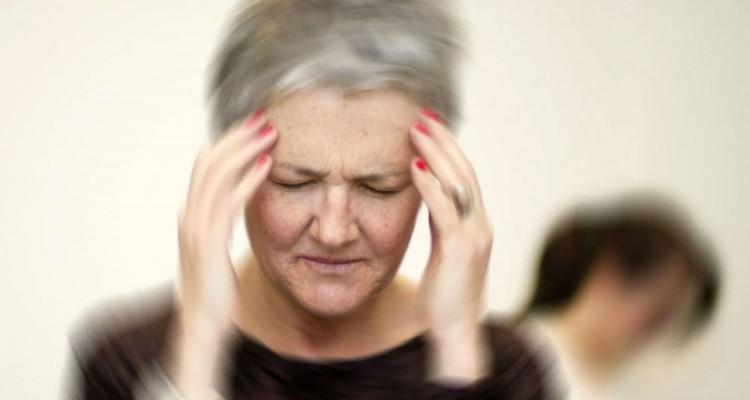 Тошнота и головокружение у пожилых женщин