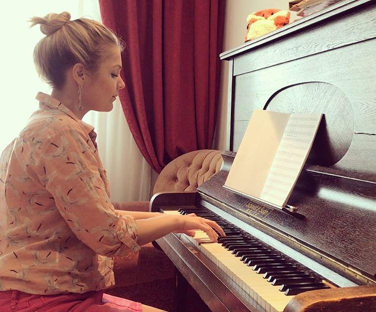Лечение головной боли музыкальной терапией