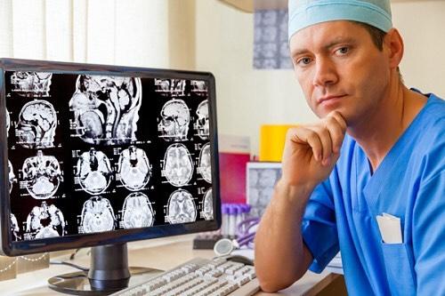 Диагностика ряби в глазах и головной боли