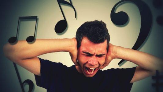 Особенности симптоматики головокружения и шума в ушах