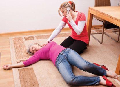 Микроинсульт у женщин — причины и признаки заболевания