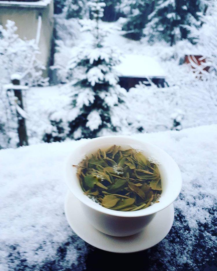 Заговор на чай от головной боли