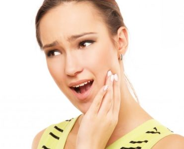 Болит голова и челюсть