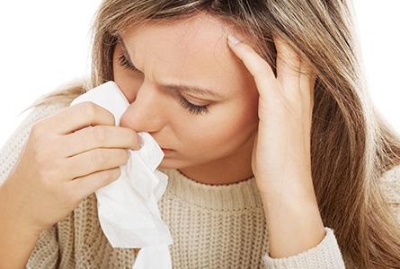 Болит голова и кровь из носа