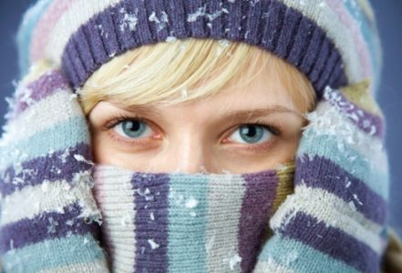 От холода болит голова