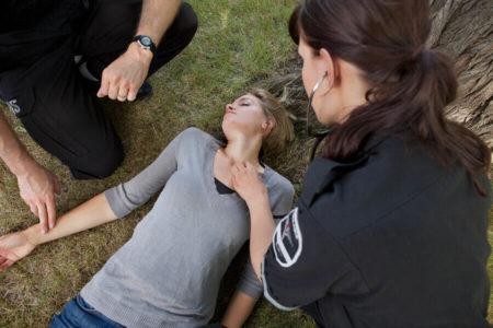 Причины потери сознания у подростков и детей