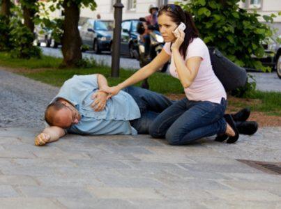 Первая помощь при инсульте у мужчины