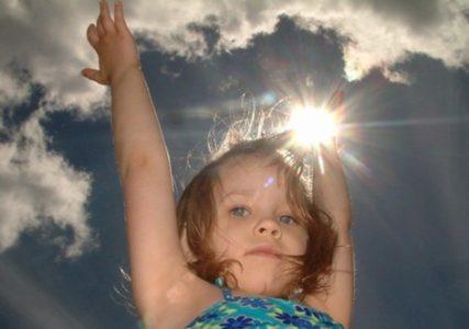 Внешние причины головной боли у ребенка